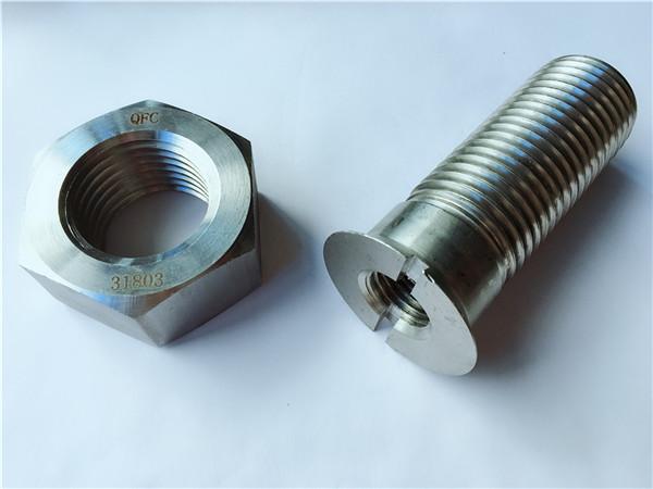 karbondîoksîta karbonê ya metal track track bolt û nut